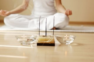 Now And Zen Lower Prenatal Stress >> Use Your Yoga Clock To Practice The Joys Of A Yoga At Home Now