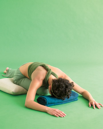 yoga, clear out the gunk pose